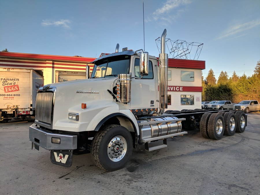 2020 WESTERN STAR 4900 - P&R Truck Centre Ltd